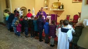 17.12.2017 - Poświęcenie medalików dla dzieci przygotowujących się do I Komunii św. - godz. 11.30